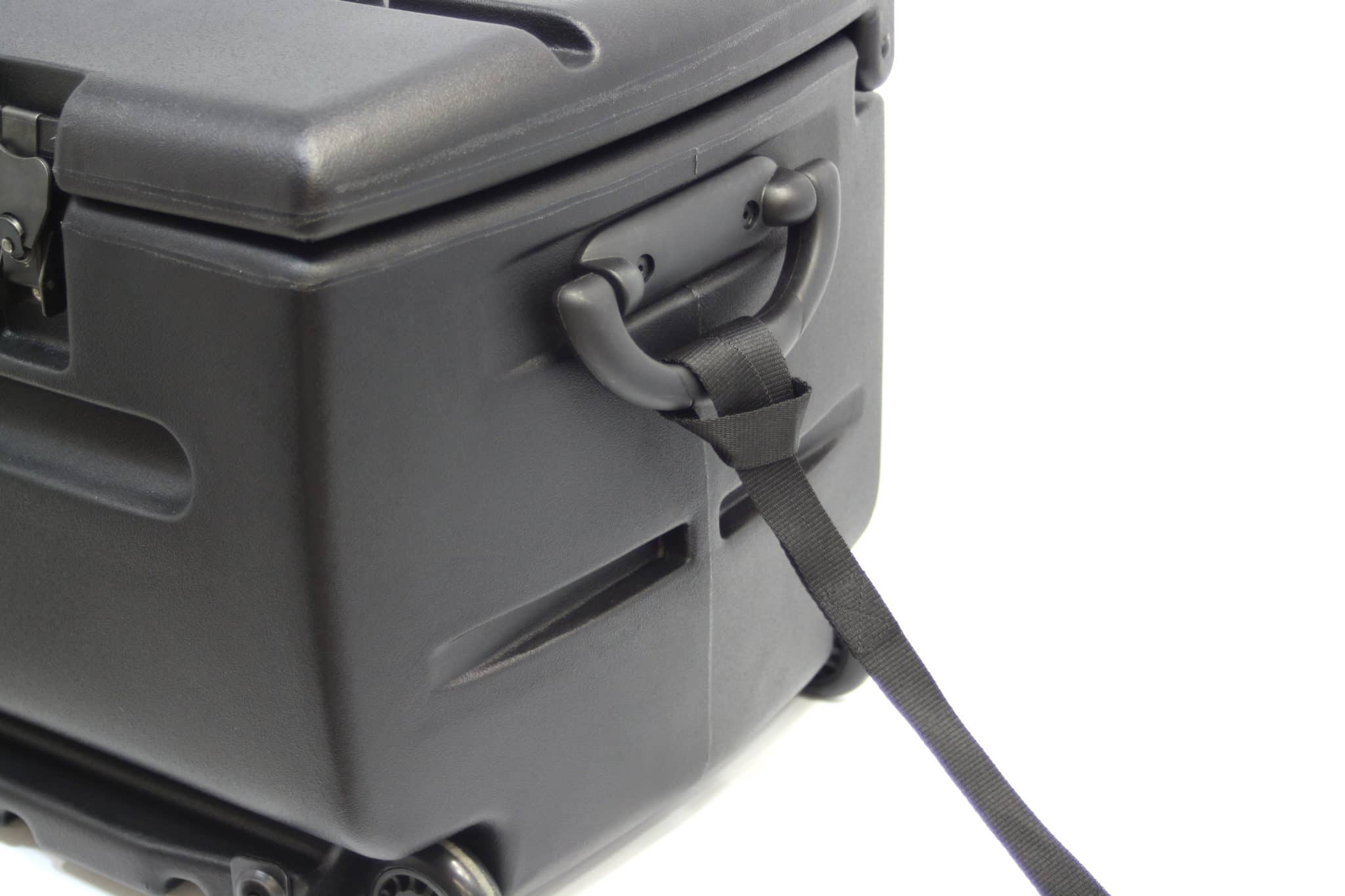 Includes Pull Handles on Both Sides & 1 Strap