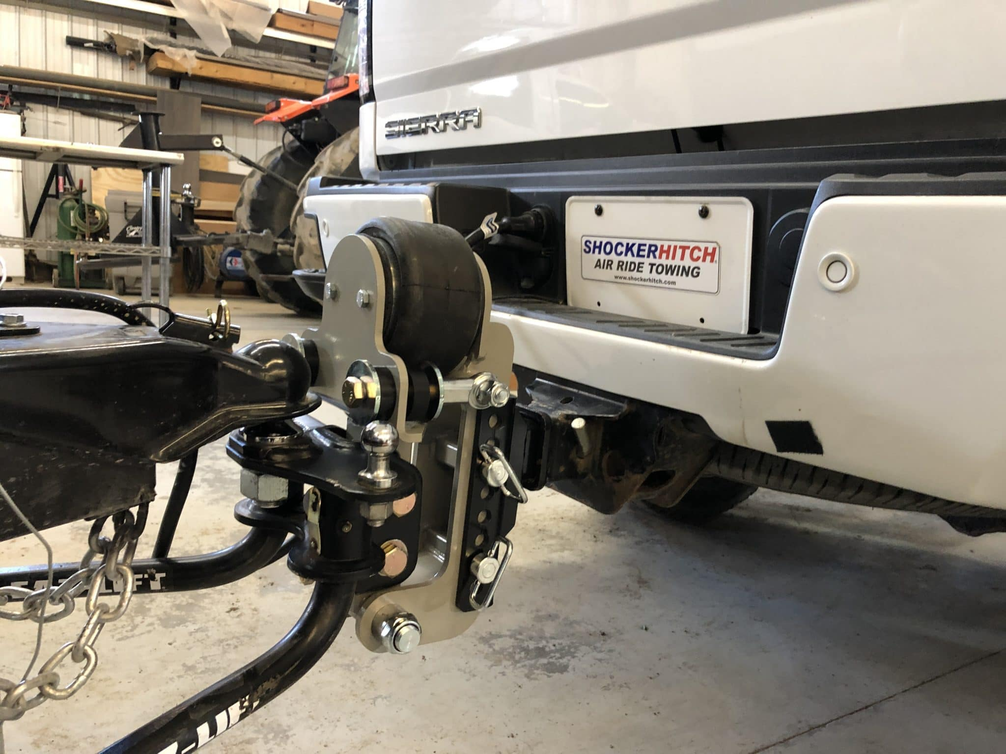 Smooth Towing for Your Weight Distribution Hitch