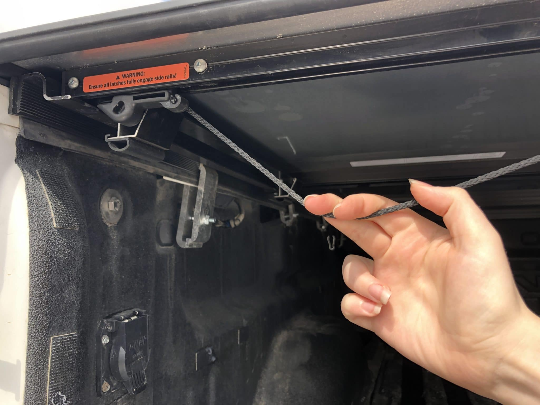 Dual Auto Latch & Release System