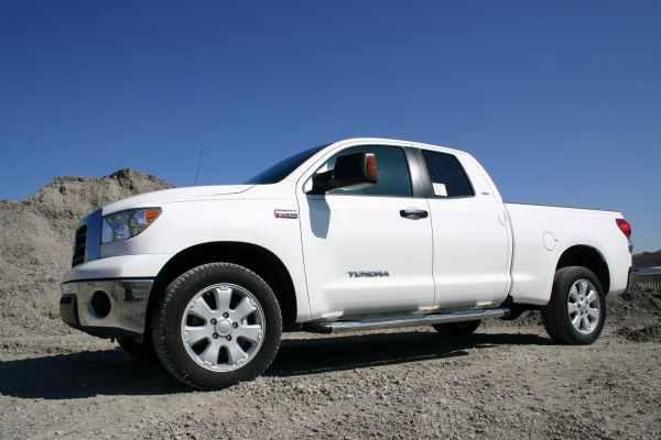 Iron Cross Stainless Endeavour Boards on Toyota Tundra