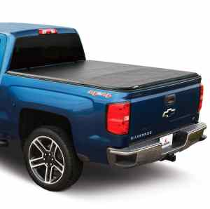 Leer Latitude Soft Tri-Fold on Chevy Truck