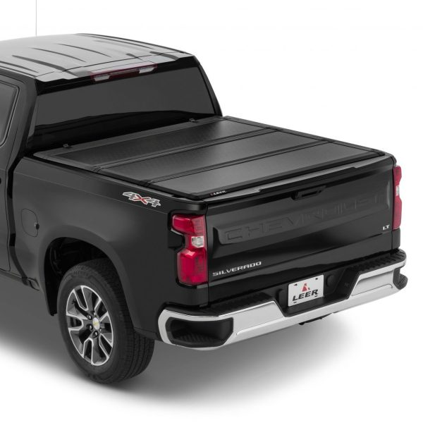 Leer Hard Tri-Folding Tonneau on Chevy Truck