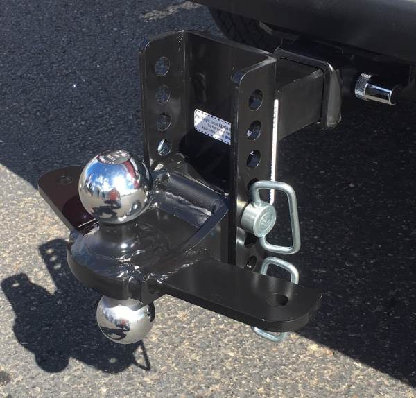 Shocker XR Combo Ball Mount with Sway Control Tabs Installed