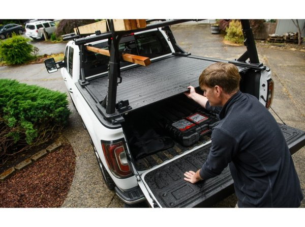 Yakima Tonneau with T-Slot Rails Mount Kit for for OutPost & OverHaul Installed